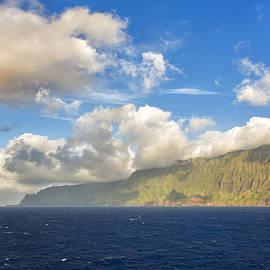Bill Tiepelman - Na Pali Coast Rainbow