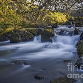 Ian Mitchell - Nant Ffrancon Pass River