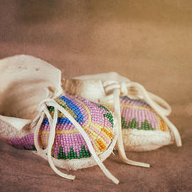 Native American Baby Shoes - Tom Mc Nemar