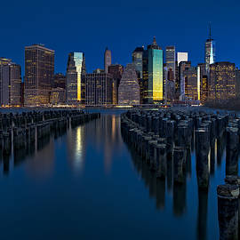 Susan Candelario - New York City Moonset