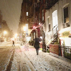 Vivienne Gucwa - New York City - Snow - Night