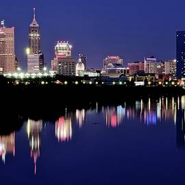 Skyline Photos of America - Night Life in Indianapolis