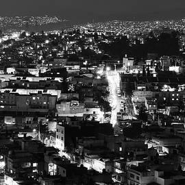 Pedro Vit - Night scene 4 bw