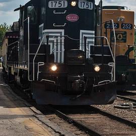 Suzanne Gaff - Conway Scenic Railroad - New Hampshire