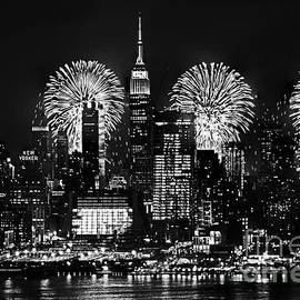 Regina Geoghan - NYC July 4th Fireworks Black and White