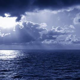 Bill Tiepelman - Ocean Glory Nights