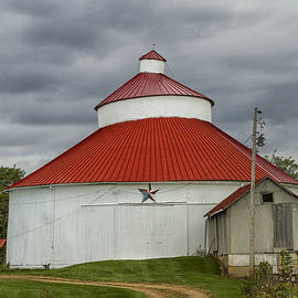 Teresa Jack - Ohio Hocking Hills Round Barn