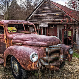 Debra and Dave Vanderlaan - Old and Rusty