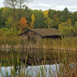 Michael Peychich - Old Bait Shop on Twin Lake_9626
