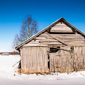 Jukka Heinovirta - Old Barn House On The Fields