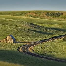 Greg Kluempers - Old Barn on the Road Palouse WA DSC04937