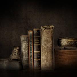 David and Carol Kelly - Old Books