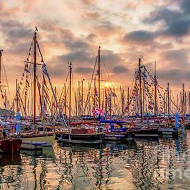English Landscapes - Old Gaffer Sunset Yarmouth