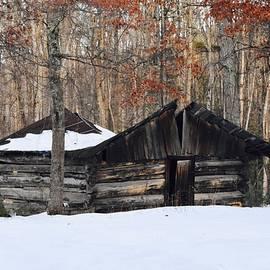 Melissa Hughes - Old Rugged Little Barn