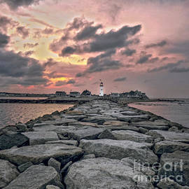 Charlie Cliques - Old Scituate Light At The End Of The Jetty