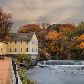 Robin-lee Vieira - Old Slater Mill