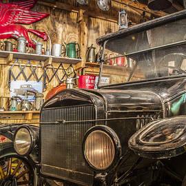 Debra and Dave Vanderlaan - Old Timey Garage