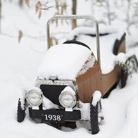 Old Toy Car in the Snow - Edward Fielding