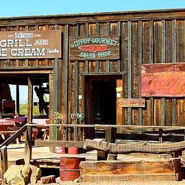 Barbara Zahno - Old Western Shop