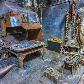 Ian Mitchell - Olde Vintage Workshop