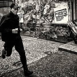 Daniel Gomez - On the Run