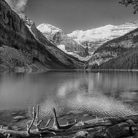 Paul Malen - On the Shore of Lake Louise