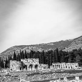 Rene Triay Photography - Paragliding Over the Ruins of Pamukkale