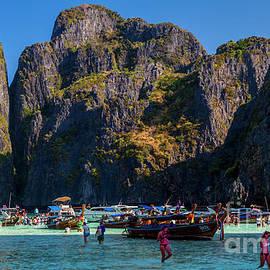 Thomas Levine - Paradise in Thailand