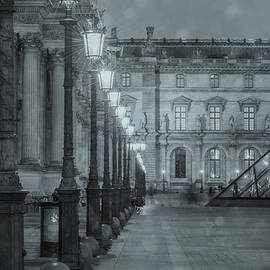 Paris. Louvre at Twilight - Juli Scalzi