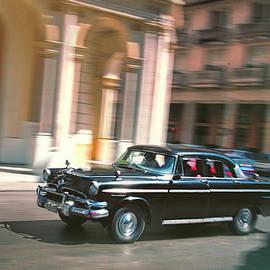 Claude LeTien - Passing By On El Prado