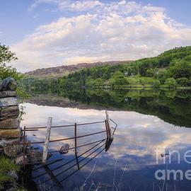 Ian Mitchell - Peace At The Lake