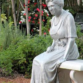 Rosalie Scanlon - Peace in the Garden