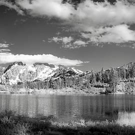 Peaceful Lake - Jon Glaser