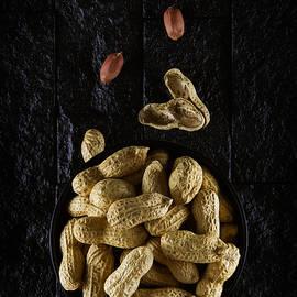 David Davenport - Peanuts in a bowel