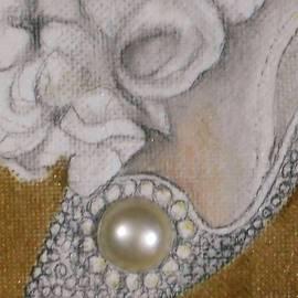 Jayne Somogy - Pearl Shoe