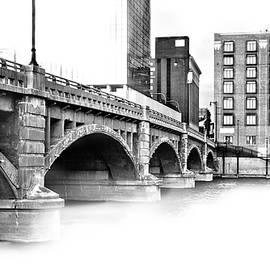 Evie Carrier - Pearl Street Bridge High Key