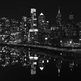 Jennifer Lyon - Philly and the Schuylkill bw