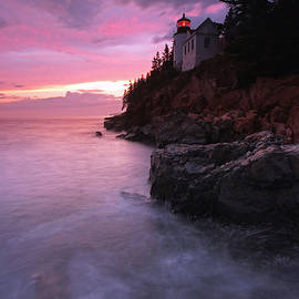 Juergen Roth - Picturesque New England Bass Harbor Lighthouse