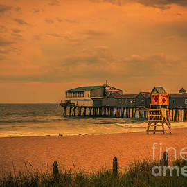 Claudia M Photography - Pier at sunset