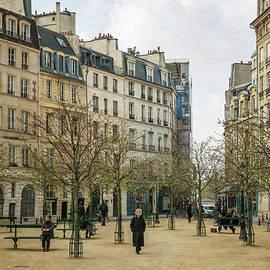 Joan Carroll - Place Dauphine Paris Vintage