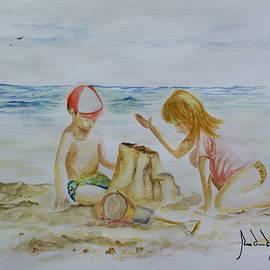 Jorge Rueda - Playing In The Beach