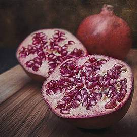 Tom Mc Nemar - Pomegranates