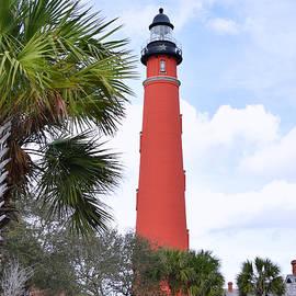 Pat Turner - Ponce De Leon Lighthouse