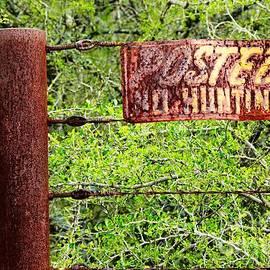 Gary Richards - Posted No Hunting