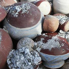 Tom Janca - Pots In The Pit Kiln