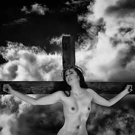 Ramon Martinez - Praying on cross