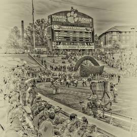 Harry B Brown - Clemson Tigers Pre Game