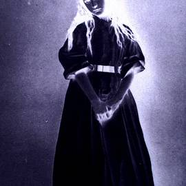 Donatella Muggianu - Princess of time Tribute to Lewis Carroll