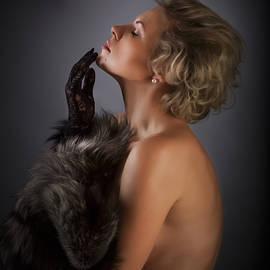 Vitaly Vakhrushev - Pure Elegance