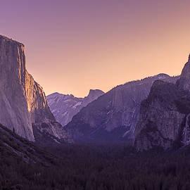 Priya Ghose - Purple Dawn At Yosemite Tunnel View